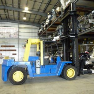 Clark Marina Forklift