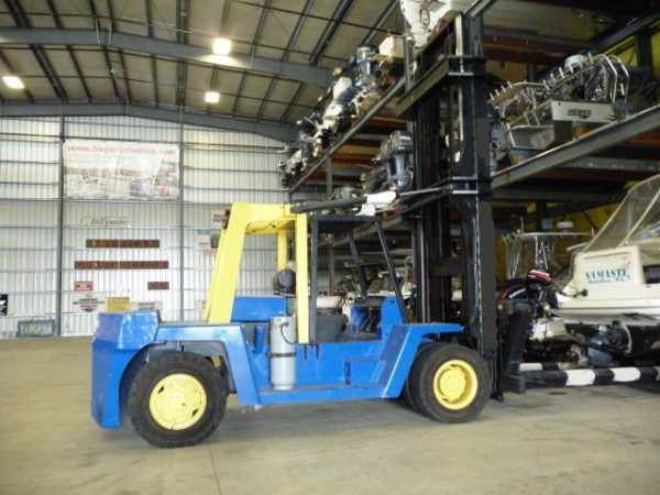 Used Clark Marina Forklift for Sale