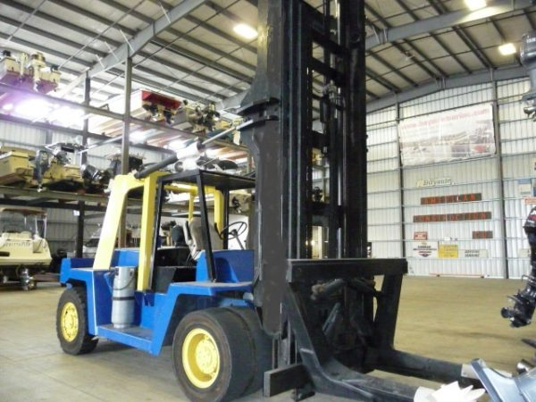 Clark Marina Forklift in California