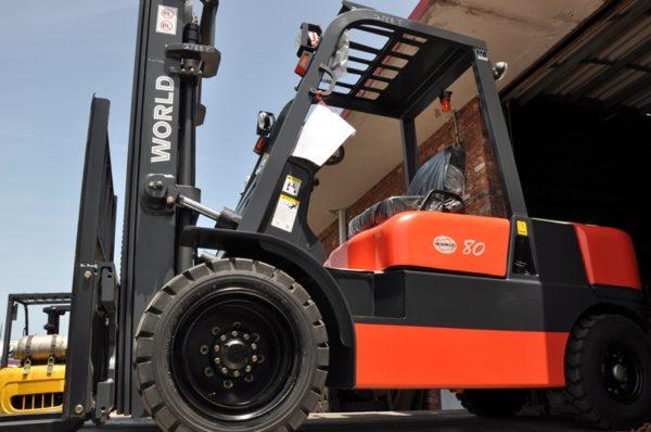 Diesel 6,000 Capacity Forklift